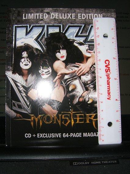 the Monster ZinePak magazine MonsterZinePak4